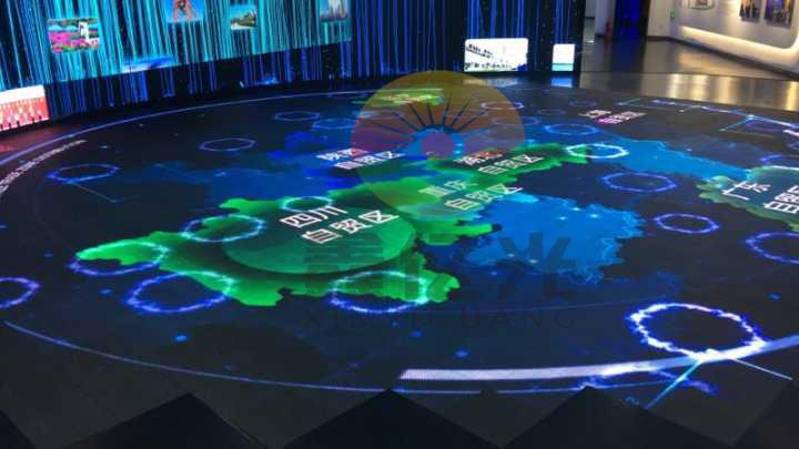 亿光科技有限公司_互动LED地砖屏走进河南自贸区_深圳鑫亿光科技有限公司